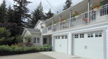 Guesthouse Mountain Escape - Revelstoke BC Canada